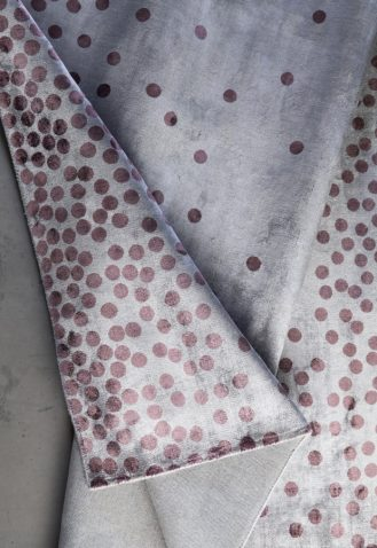 Block & Chisel dot bordeaux detailed viscose rug