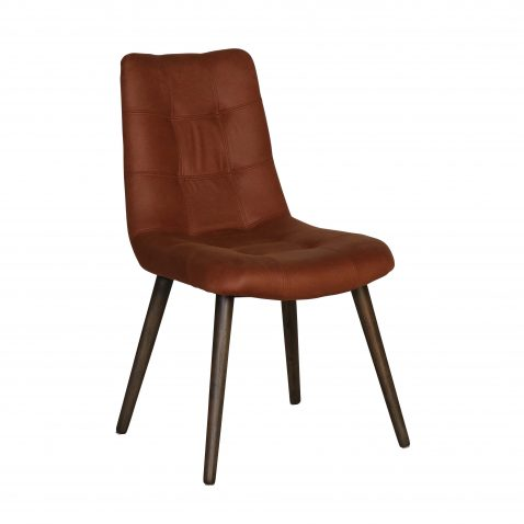 Upholstered chair in brown fabric and tapered wooden legs.