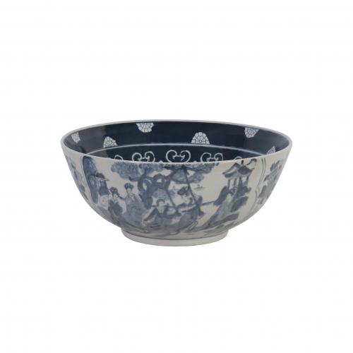 blue and white ceramic bowl crackled