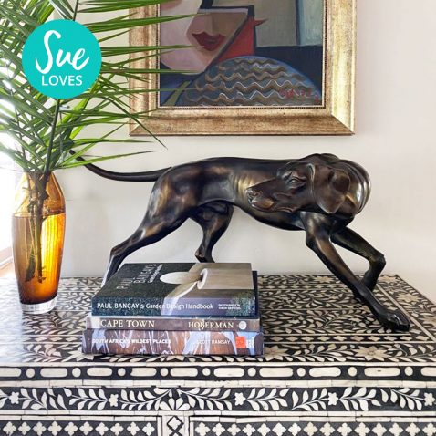 Block & Chisel polyresin dog statue