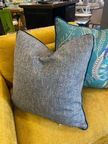 scatter cushion in wallace hydro