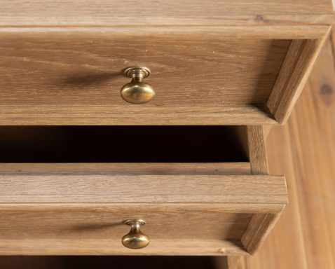 block and chisel chest of drawers in old oak