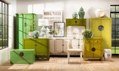 green lacquered storage kist