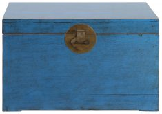 Block & Chisel blue distressed wooden kist