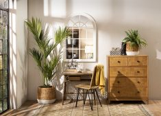 natural wicker dining chair with metal legs