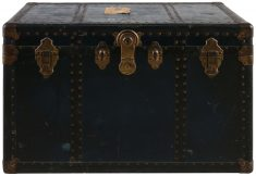 Block & Chisel trunk