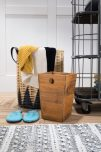 Block & Chisel natural black and white carpet with tassels